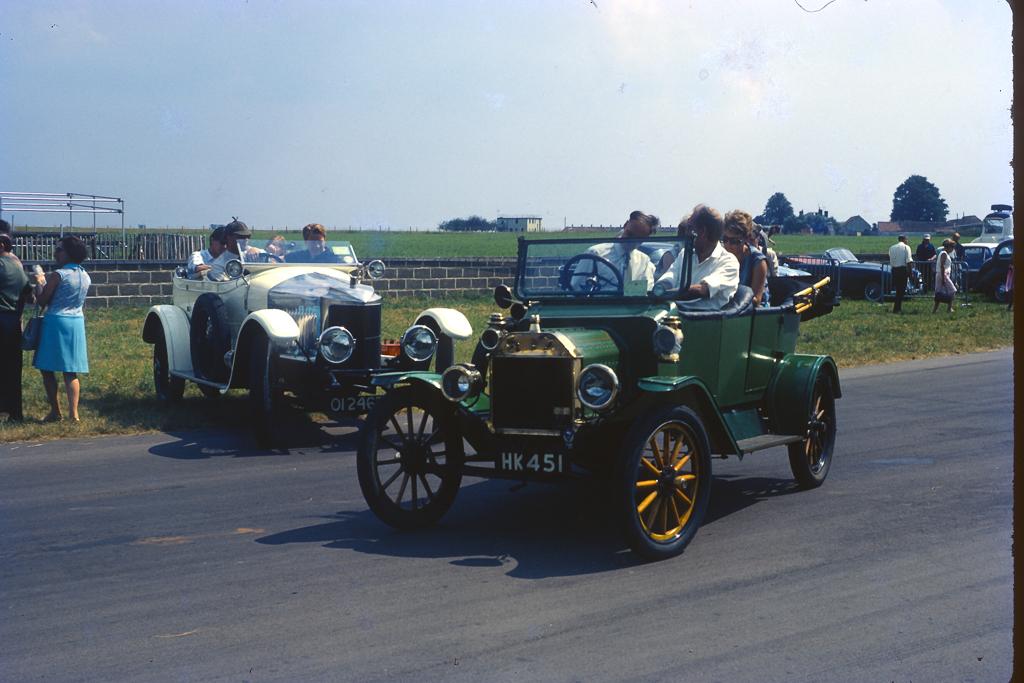 1967_07-0048