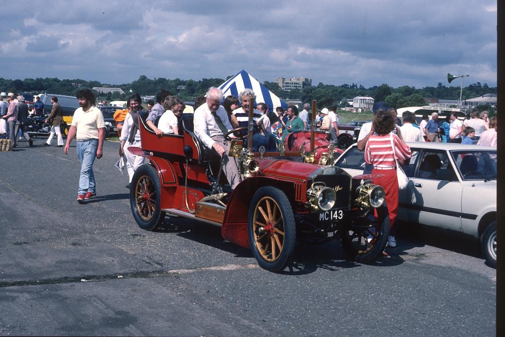 1987_07-0051